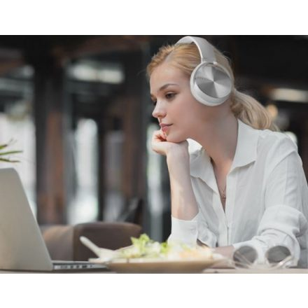 Crispy 450TB Fehér Bluetooth fejhallgató NZH-CW791